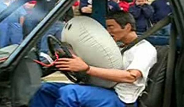 http://images.bokra.net/bokra//24-10-2010/0airbag_demo1.jpg