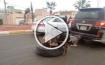 العراق: أهالي كركوك يجرون جثث عناصر داعش بالسيارات - فيديو