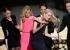 ناعومي واتس تنقذ نفسها من موقف محرج في حفل جوائز SAG