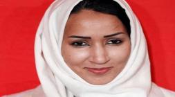 ناشطة: السعودية تفرض على النساء الحجاب الأسود