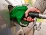 سعر لتر الوقود يتراجع الى سبعة شواقل وخمس اغورات !