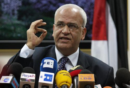 عريقات ينفي وجود مبادرة اردنية لاستئناف المفاوضات 00ar101229085255SVrD