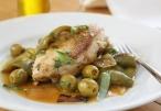 جربي الدجاج بالزيتون الأخضر من مطبخ بكرا
