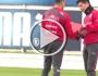 سانشيز يفاجئ لاعب تشيلي الصغير بهدية في التدريبات