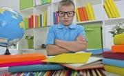 ماذا أفعل مع ابني الذي يكره المذاكرة؟