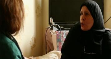 معاناة لاجئة فلسطينية فرت من سوريا إلى لبنان