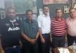 البروفيسور هزاع ابو ربيع يزور بلدية الناصرة ويقدم كتبه الى رئيس البلدية