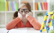 هل طفلك مصاب بأعراض التوتر الدراسي؟