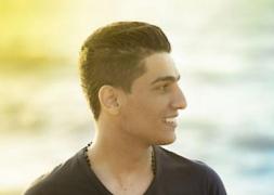 محمد عساف يحتفل بعيد ميلاده مع الاصدقاء