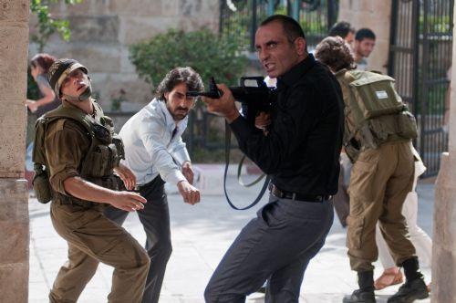 ألمانيا تسمح بعرض فيلم وادي الذئاب - فلسطين