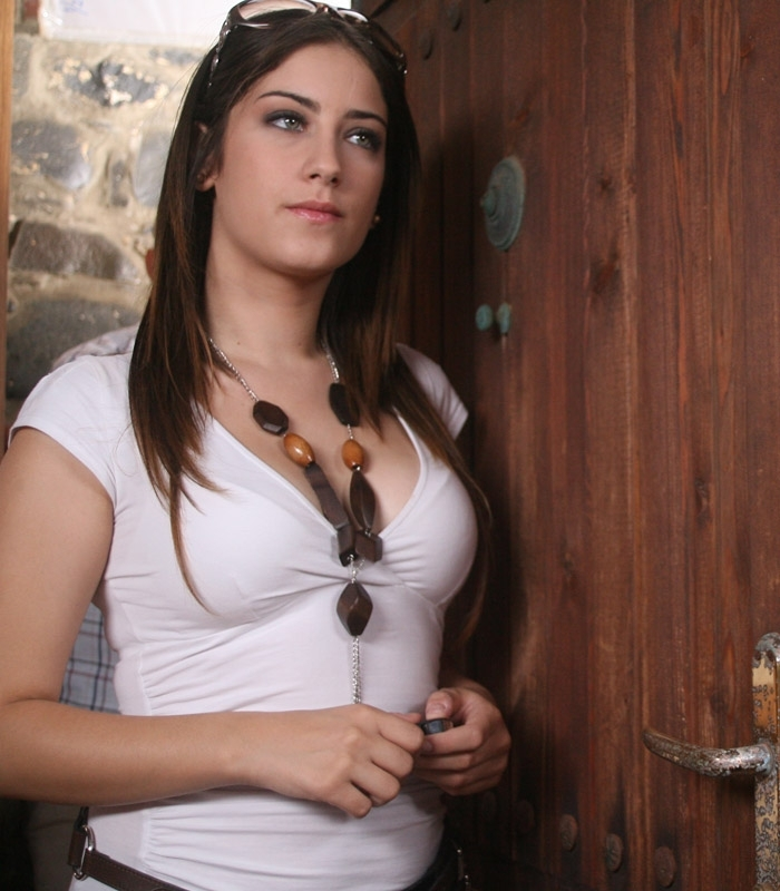 http://images.bokra.net/bokra/15.10.2010/hazal/csqq6ownkcpx.jpg