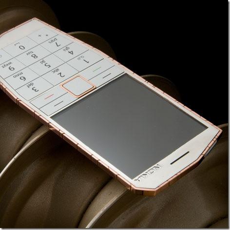 هاتف نوكيا الجديد الذي يشحن بحرارة جسمك 1.jpg
