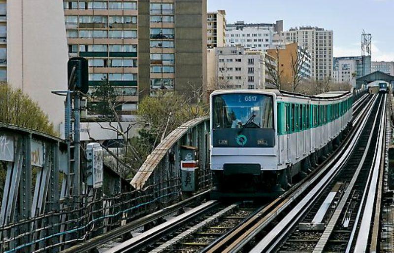 بالصور..جولة في باريس عاصمة الجمال Paris%20(13)
