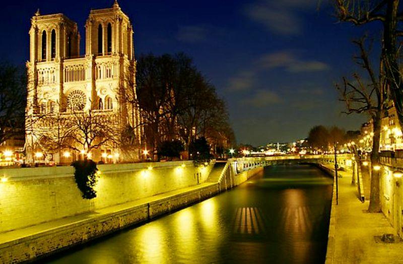 بالصور..جولة في باريس عاصمة الجمال Paris%20(37)