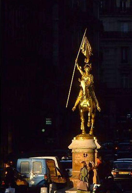 بالصور..جولة في باريس عاصمة الجمال Paris%20(51)