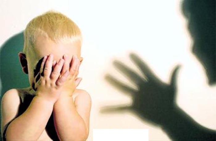 За жестокое обращение с 4-летним ребенком, в отношении воспитателя одного из детских садов Барнаула возбуждено уголовное дело