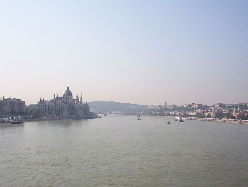 ثورة - بودابست ثورة بالسياحة وتاريخ من الحضارة 794px-Danube_at_Budapest,_Margit_Bridge
