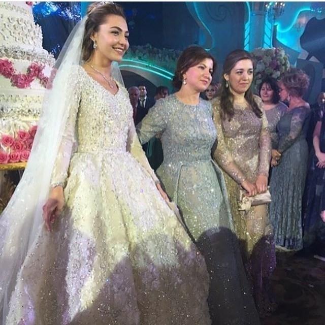 أول زفاف في العالم بتكلفة مليار دولار!