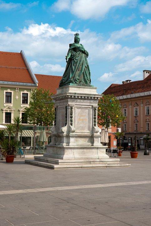 تعرف على مدينة كلاغنفورت النمساوية 34023355