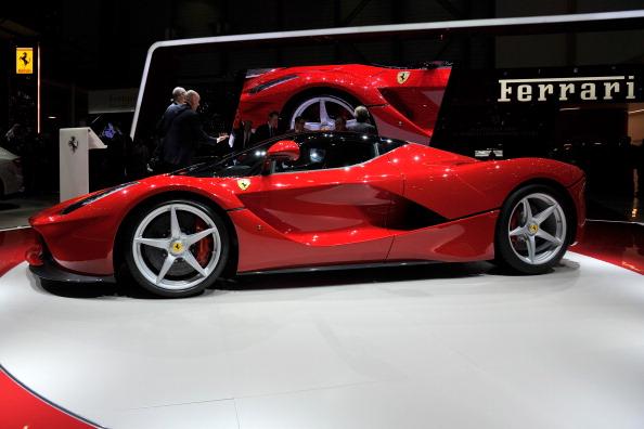 صور معرض جنيف للسيارات 2014 سيارات 2013