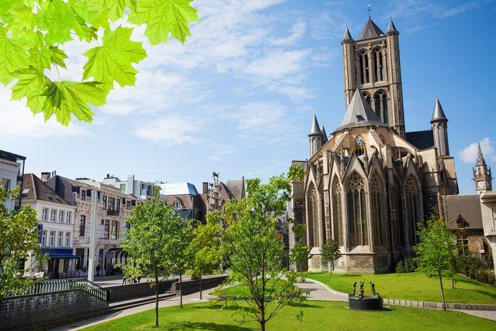 تعرفوا على غينت البلجيكية سيدة القرون الوسطى 1318075680
