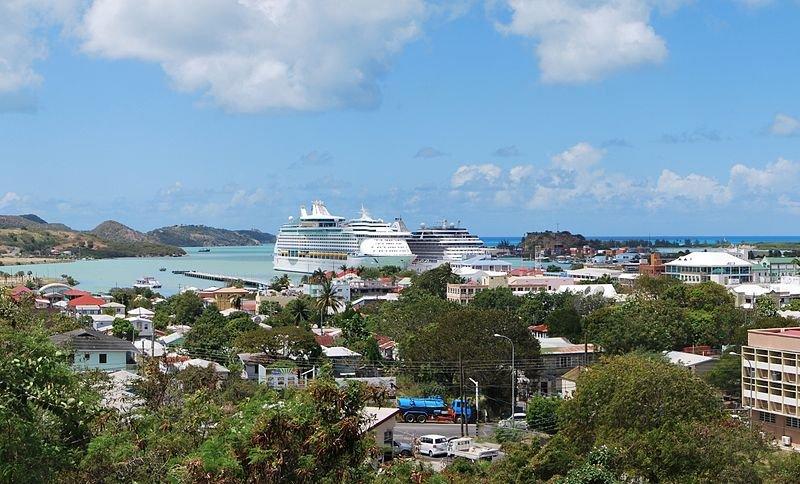 """الجمال الكاريبي وكنوز التاريخ في """"أنتيغا"""" 374583585"""