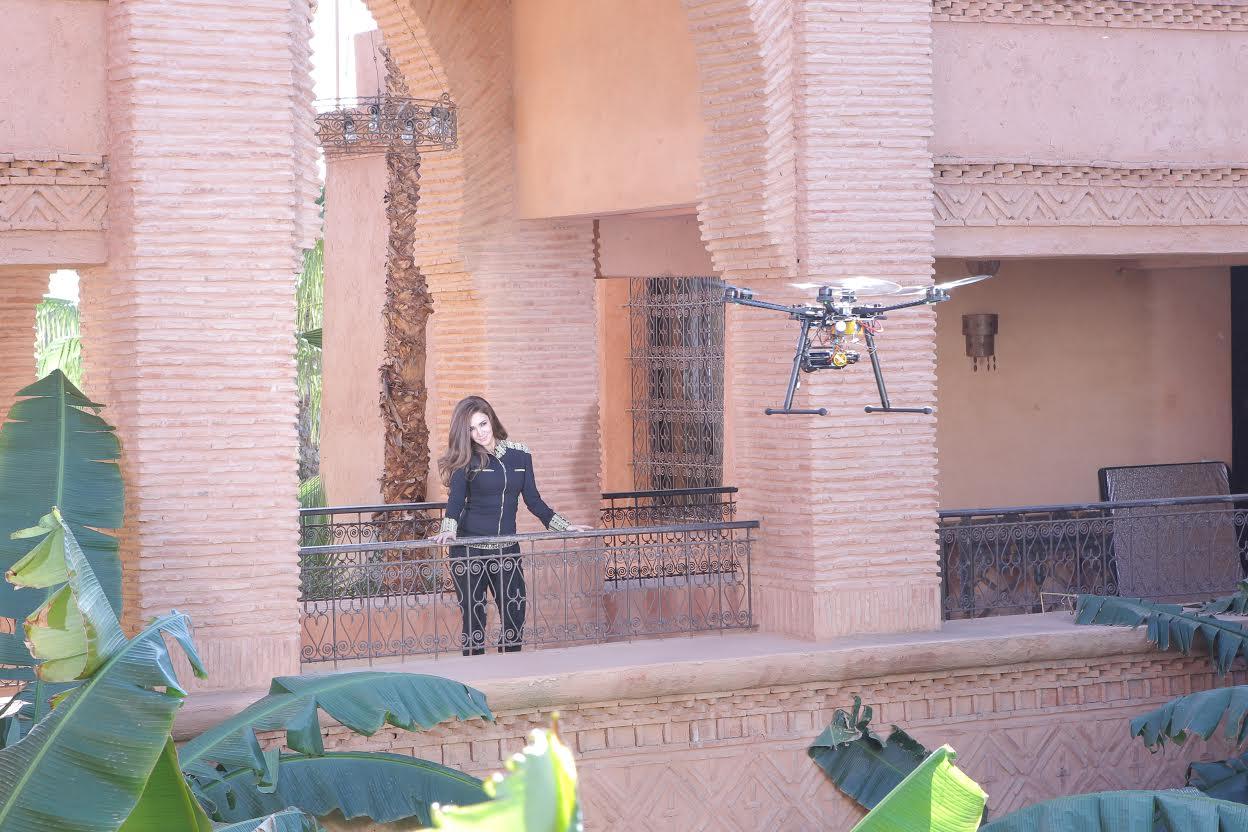 ديانا حداد تعرض الأغنية المصورة المغربية La Fiesta في الفضائيات