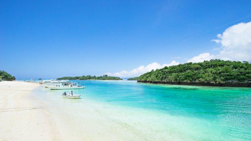ماذا تعرفون عن جمال اليابان؟ هل سمعتم عن جزيرة أوكيناوا؟ 148745511
