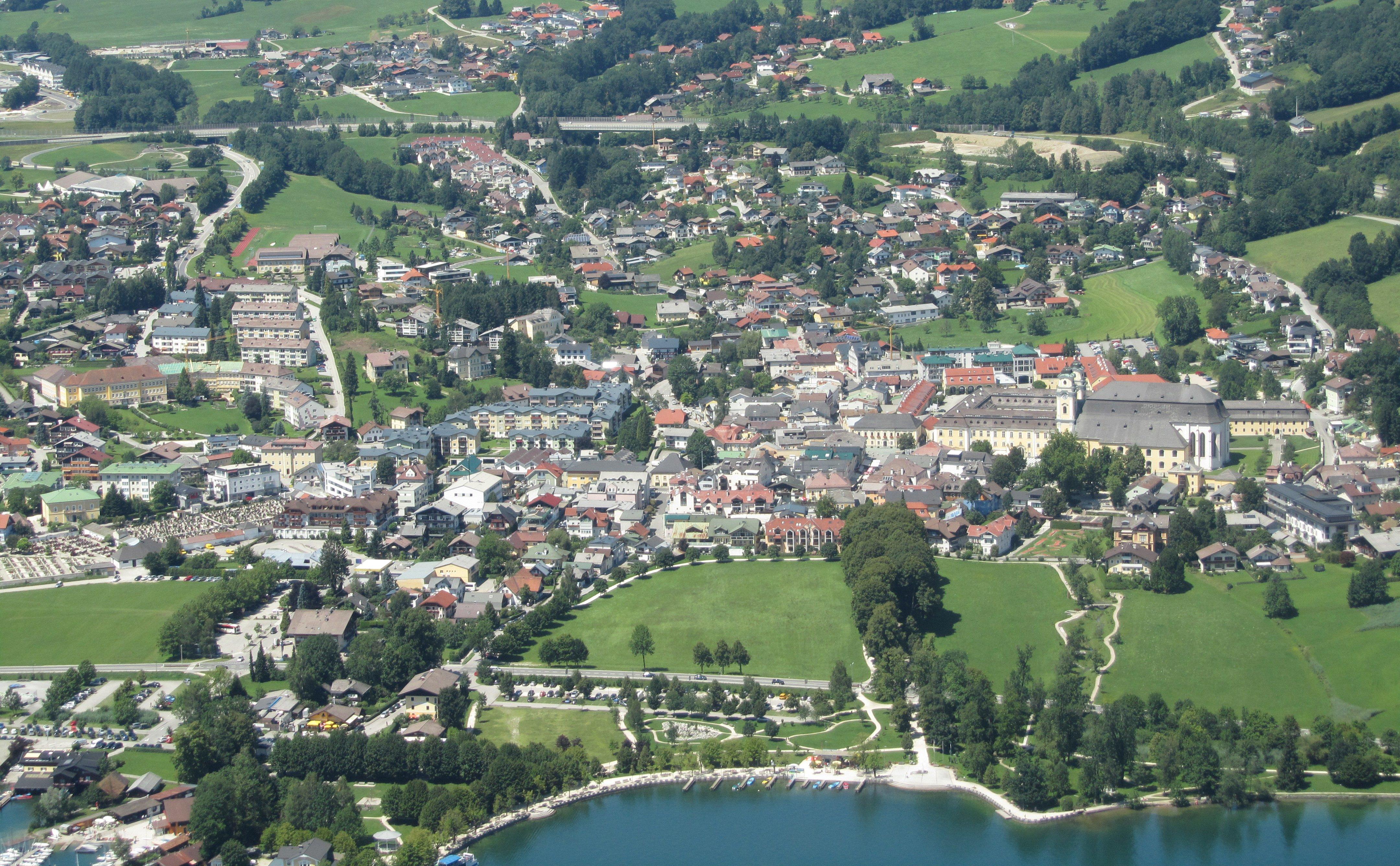 زيارة الى مدينة هالشتات اجمل مدن النمسا 1601867791