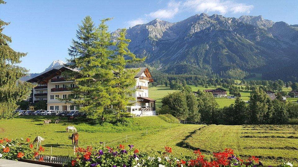 زيارة الى مدينة هالشتات اجمل مدن النمسا 353852049