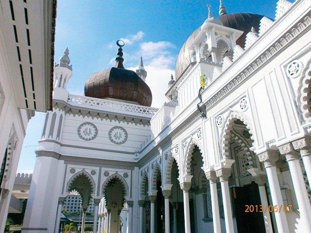 مساجد في آسيا تحف معمارية عصرية 215845022