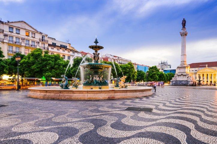 زيارة إلى العاصمة البرتغالية لشبونة 1101317651