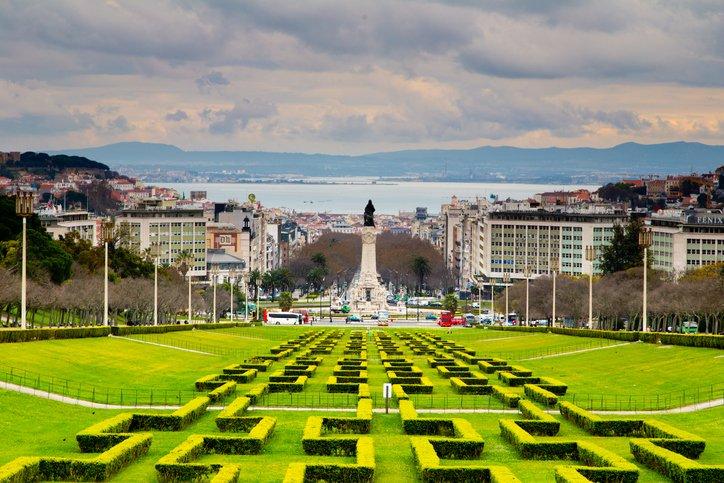 زيارة إلى العاصمة البرتغالية لشبونة 283106044