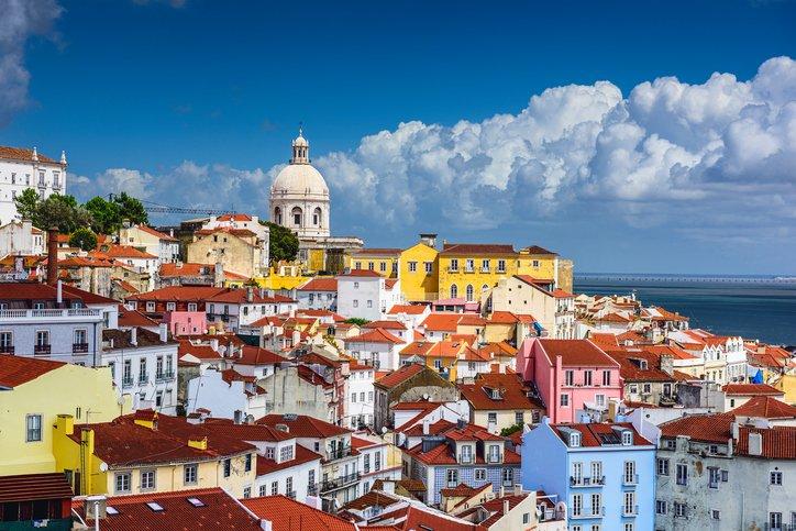 زيارة إلى العاصمة البرتغالية لشبونة 861775982