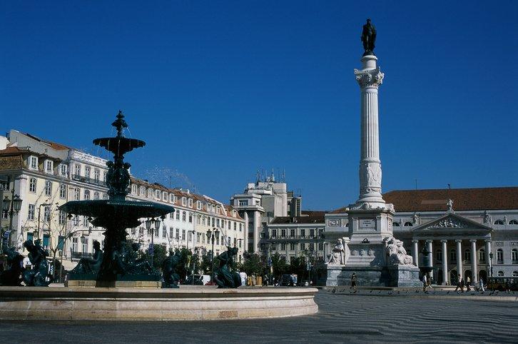 زيارة إلى العاصمة البرتغالية لشبونة 996981839