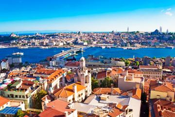 اسطنبول مدينة نادرة تبقيك قريباً منها