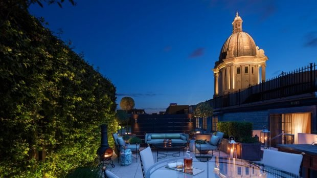فندق Rosewood أفضل مثال على التراث البريطاني 322564300