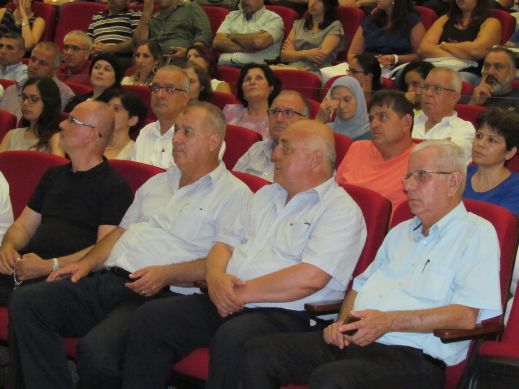 العرض الاول لحادي القوافل في الناصرة
