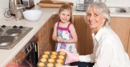 بحث جديد رعاية الجدات بالأطفال تسمنهم