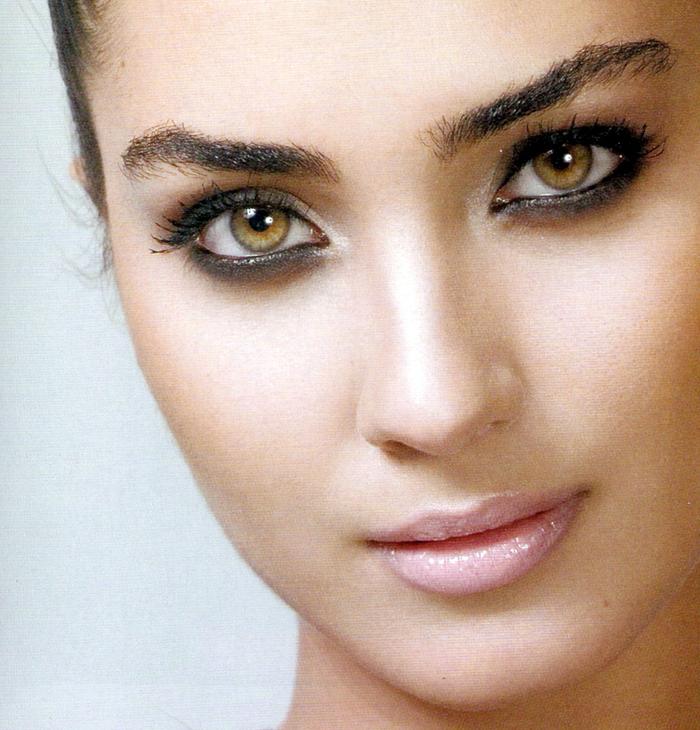 """اروع صور توبا بويوكوستن """"لميس"""" بطلة المسلسل التركي بائعة الورد"""