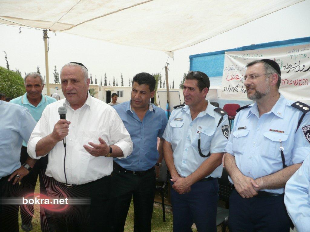 مدرسة واحة الصحراء: تنظم يوم الشرطة والجمهور